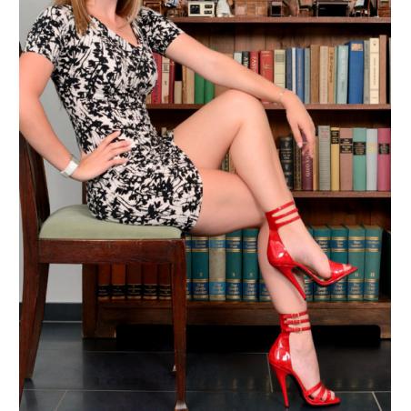 Schwarze rote heels schuhe
