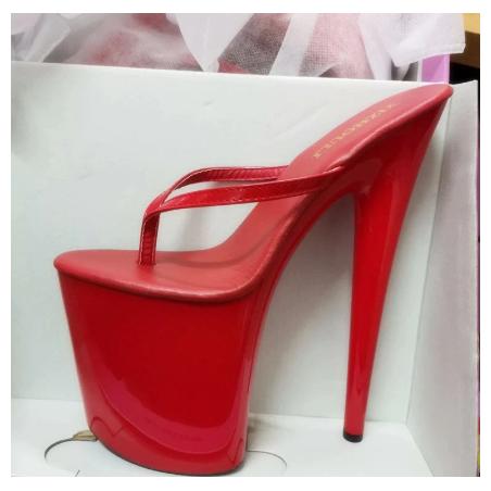 Diaboliczne włoskie szpilki metal heel
