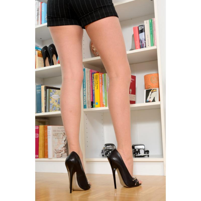 """Skórzany damski krótki top z kołnierzem fetysz BDSM""""Sexy Dominatrix"""""""