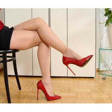 Classic comfortable unisex red hot pumps 35-47 EU